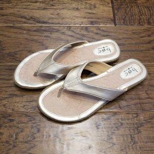 BOC flip flops Gold W10